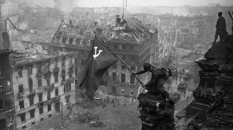 Habt ihr nichts ausgelassen? Westen verschweigt Rolle der Sowjetunion bei Sieg über die Nazis
