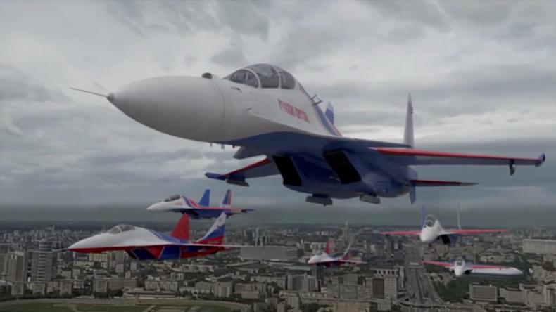 Russland: Paradeflüge und großes Feuerwerkanlässlich des 75. Jahrestages des Sieges in Moskau