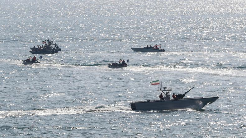 """Iranisches Marineschiff von """"friendly fire"""" getroffen: 19 Tote laut Armee"""