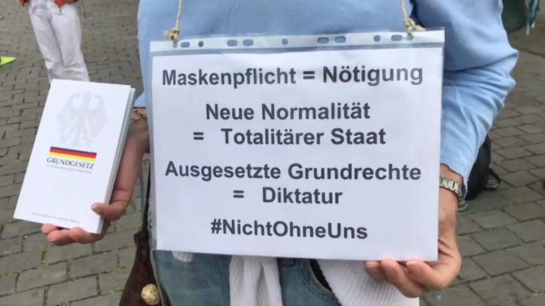 Deutschland: Protestkundgebung gegen Coronavirus-Restriktionen in Köln