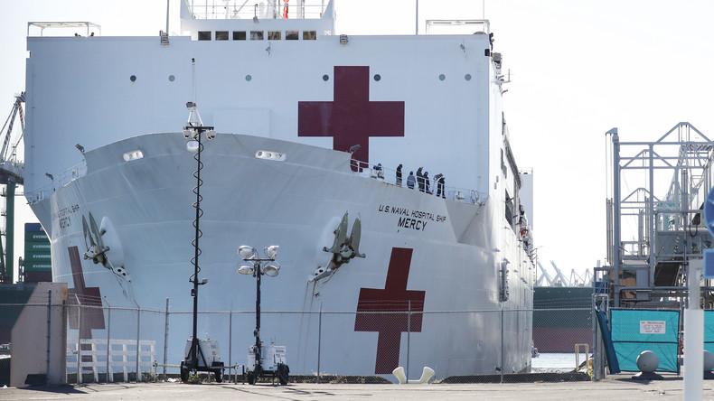 Nur 77 Patienten in sechs Wochen: US Navy zieht Lazarettschiff ab