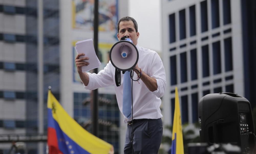 Indizien verdichten sich: Juan Guaidó offenbar direkt an Überfall auf Venezuela beteiligt (Video)