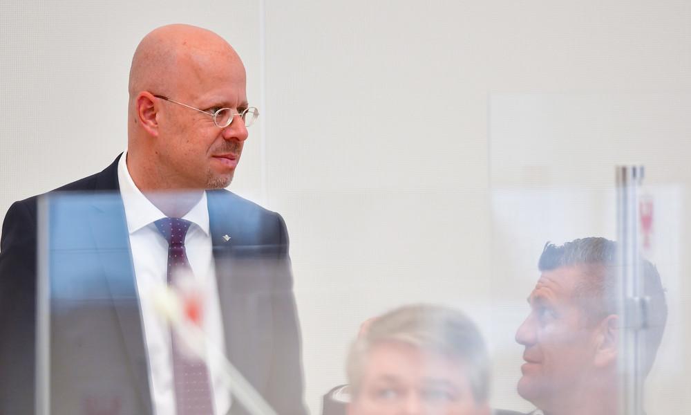 AfD schließt Brandenburger Landeschef Andreas Kalbitz aus Partei aus