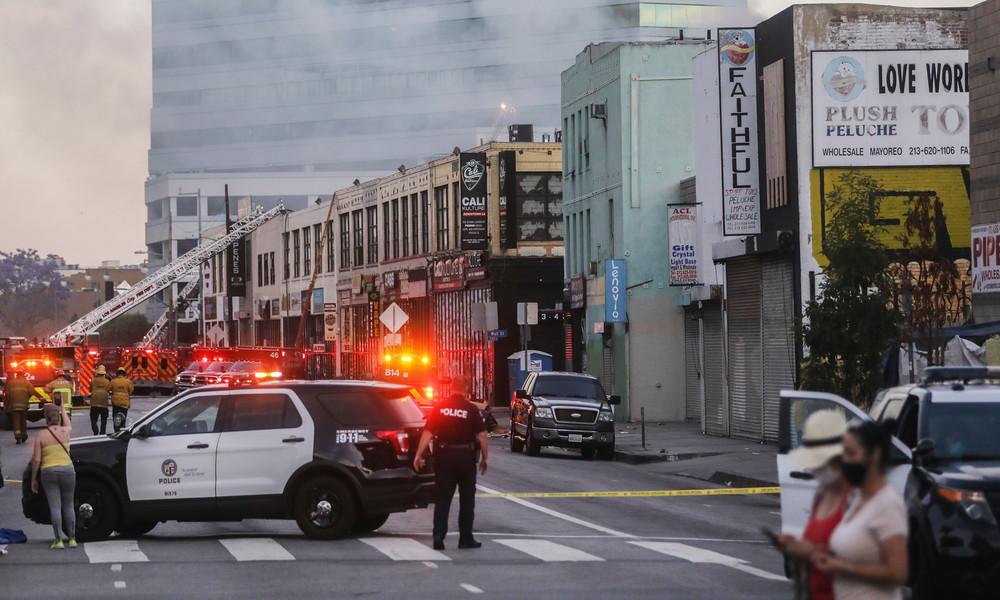 Großfeuer in Los Angeles: Mindestens elf Feuerwehrleute verletzt