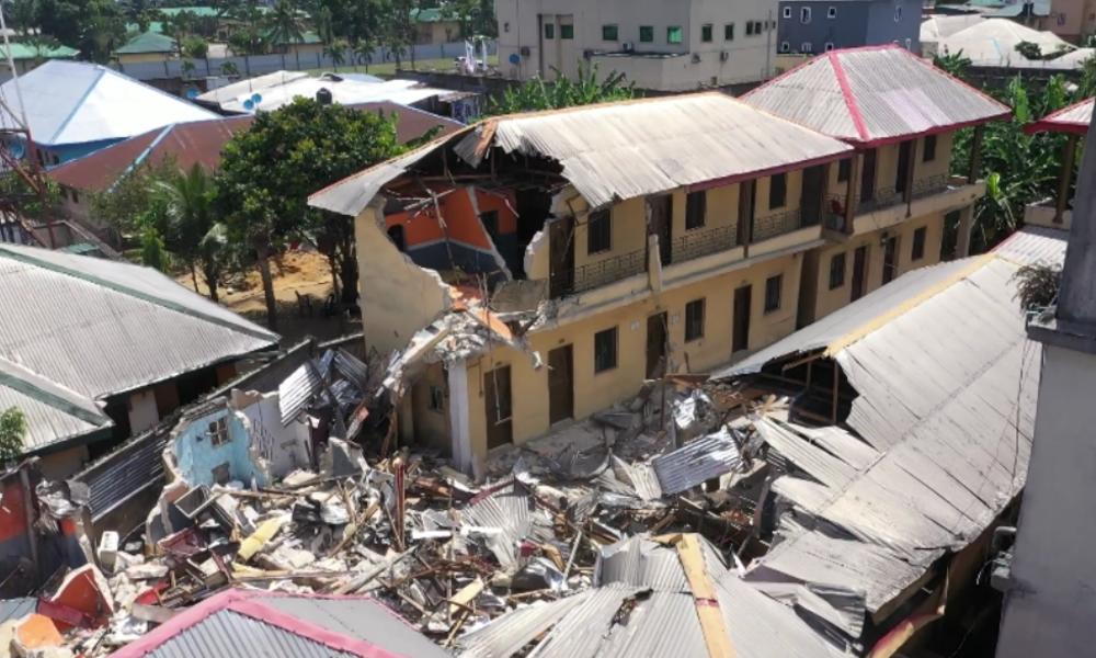 Kurzer Prozess in Nigeria: Abriss von Hotels, die angeblich gegen Corona-Maßnahmen verstießen