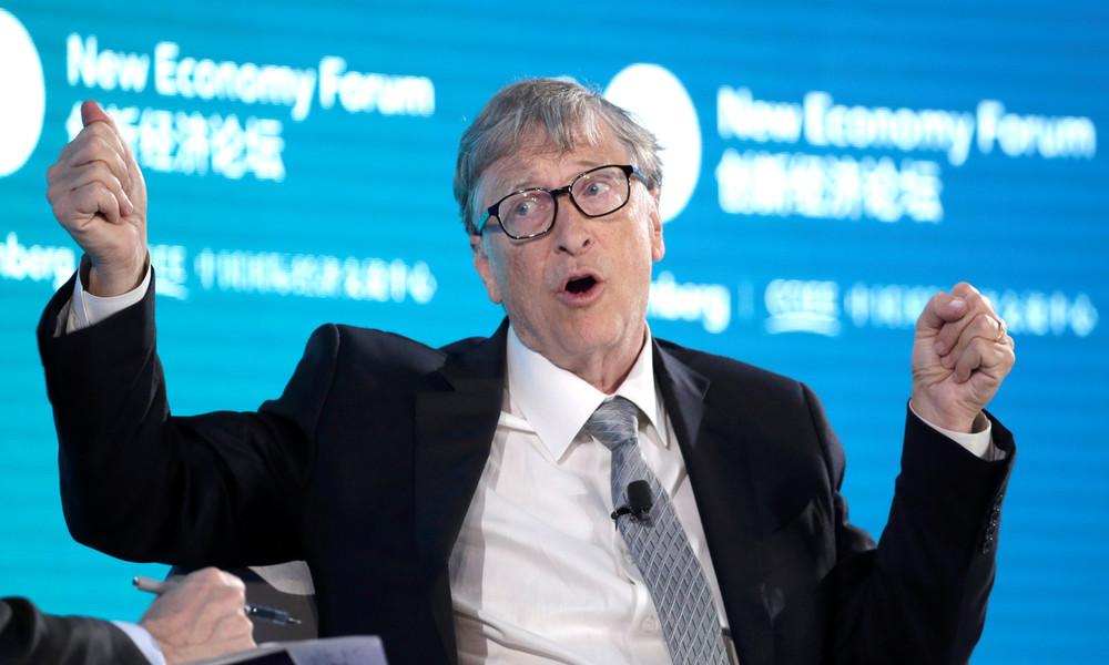 """Italienische Abgeordnete fordert Verhaftung von Bill Gates wegen """"Verbrechen an der Menschlichkeit"""""""