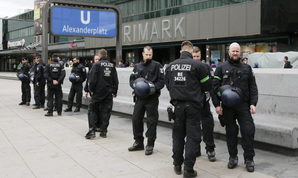 Neues Gesetz gegen Diskriminierung in Berlin: Müssen Polizisten bald ihre Unschuld beweisen?