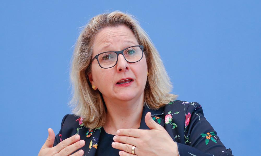 LIVE: Umweltministerin Svenja Schulze stellt den Umweltbericht vor