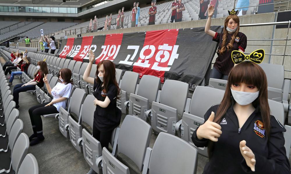 Lust auf Fußball mal anders: Südkoreanischer Erstligist setzt Sexpuppen ins leere Stadion