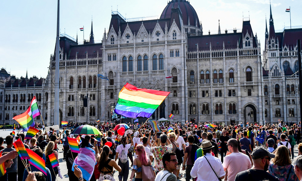 Neues Gesetz in Ungarn: Bei Geburt eingetragenes Geschlecht darf nicht mehr geändert werden