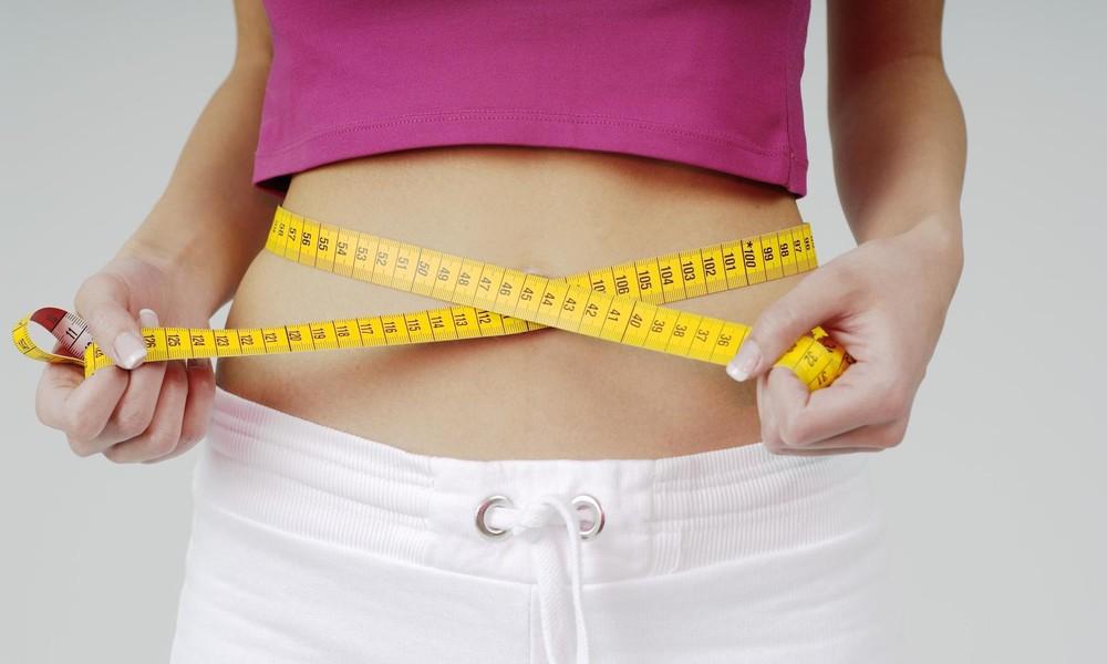 Muckibude zu, Kühlschrank auf: Jeder vierte Russe legt im Corona-Homeoffice an Gewicht zu