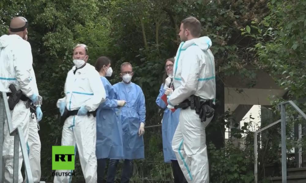 "Corona-Hotspot: Polizei-Großeinsatz zur ""Deeskalation"" in Flüchtlingsheim"