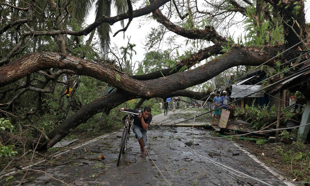 Mehr als 80 Tote durch Zyklon in Indien und Bangladesch: Corona-Krise erschwert Evakuierung