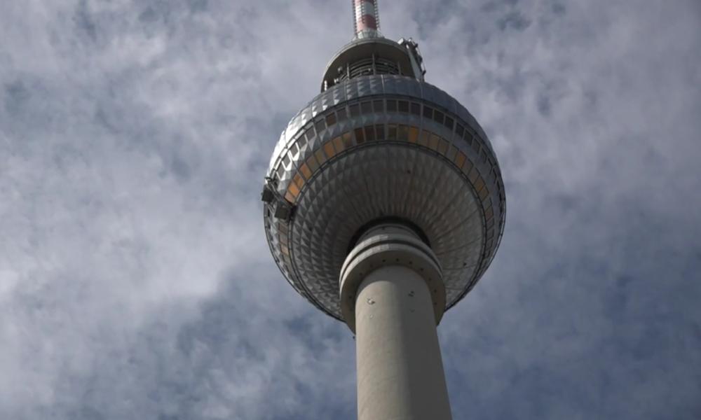 Deutschland: Berliner Fernsehturm nach zweimonatiger Corona-Schließung wieder für Besucher geöffnet