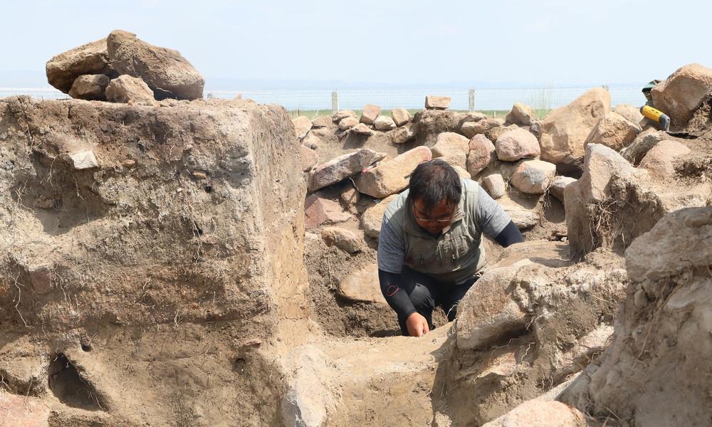 Chinesische Archäologen entdecken 2.000 Jahre alten Behälter mit unbekannter Flüssigkeit