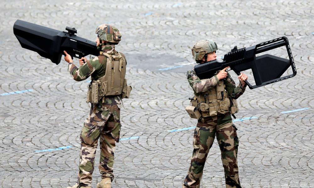 """Wegen """"nationaler Sicherheitsbedrohungen"""": EU-Polizeibehörden erhalten Anti-Drohnen-Waffen"""