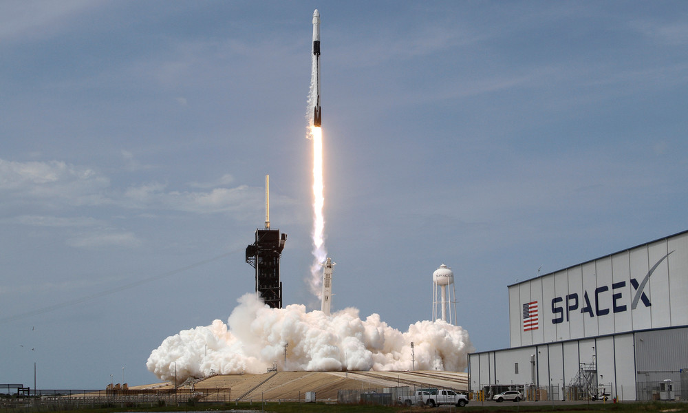Bemannte SpaceX-Mission bringt Astronauten ins All
