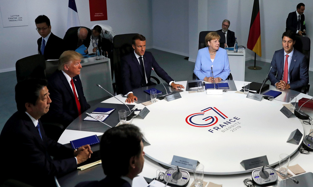 Donald Trump will G7-Gipfel auf September verschieben und Wladimir Putin einladen