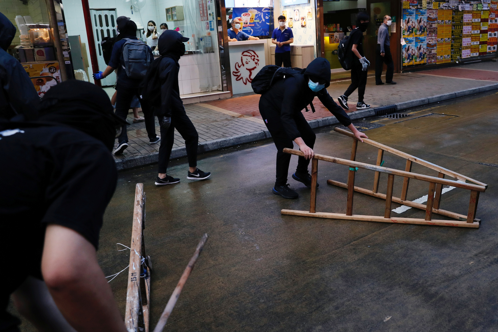Proteste in Hongkong gehen weiter – Polizei löst Muttertag-Flashmobs auf