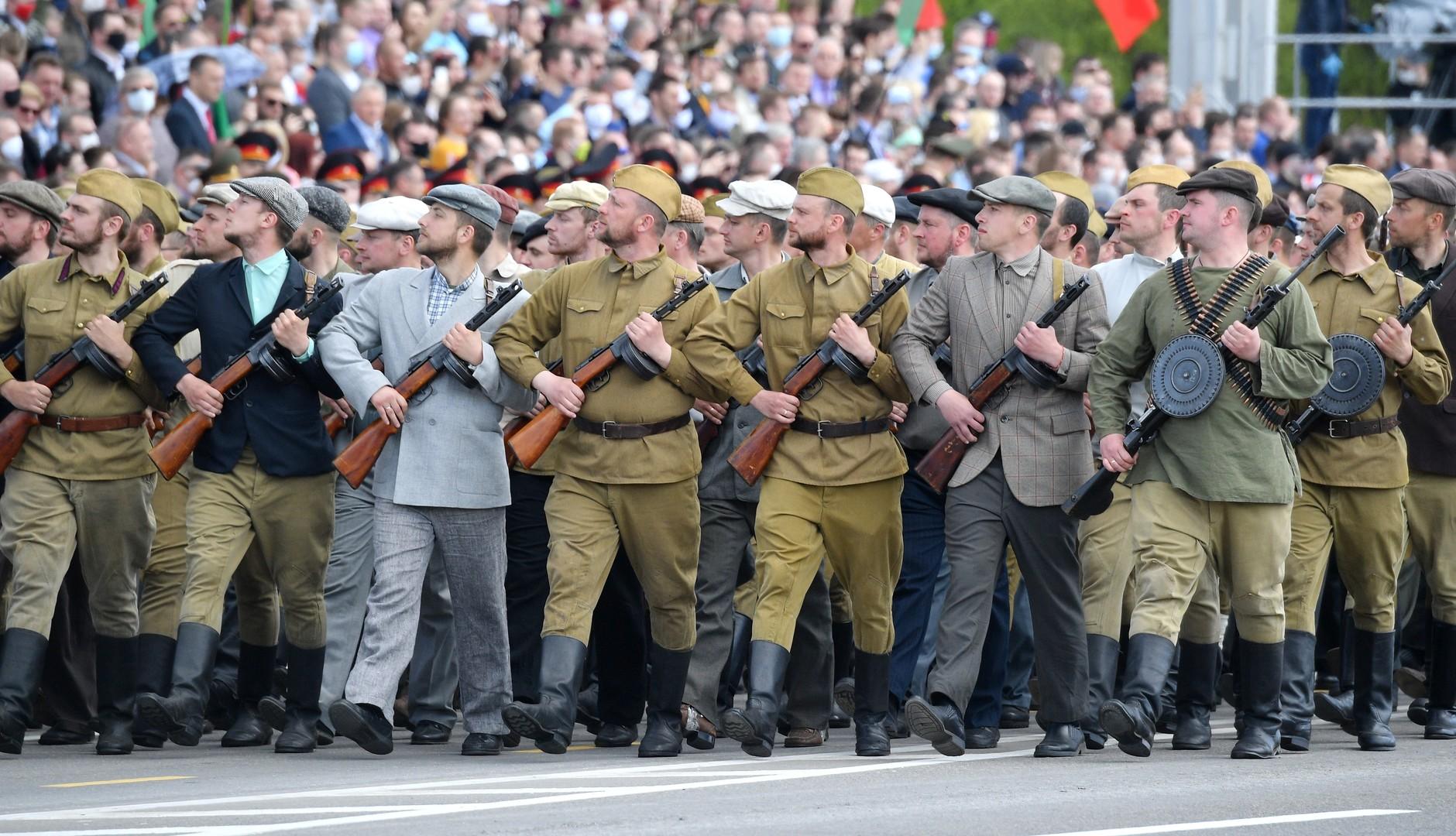 Sieg oder Corona? Nachbetrachtung einer umstrittenen Parade in Weißrussland