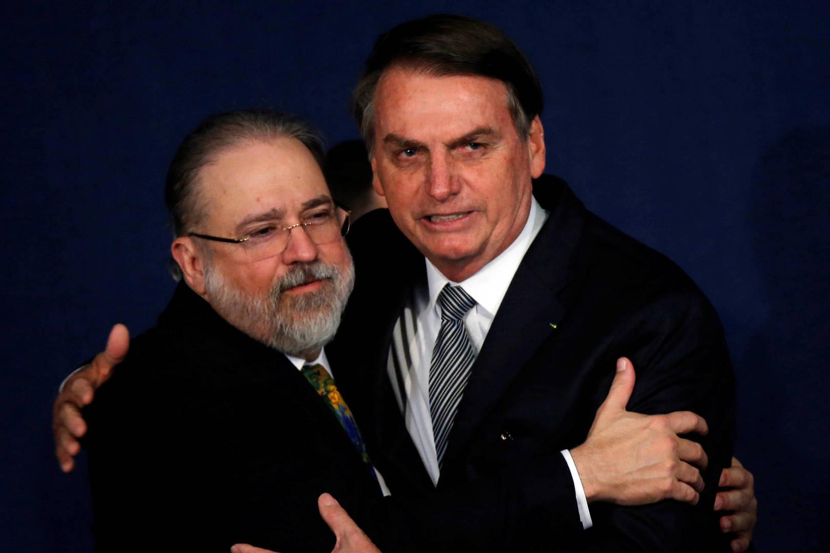 Politische Krise in Brasilien: Amtsenthebung und Prozess gegen Präsident Bolsonaro?
