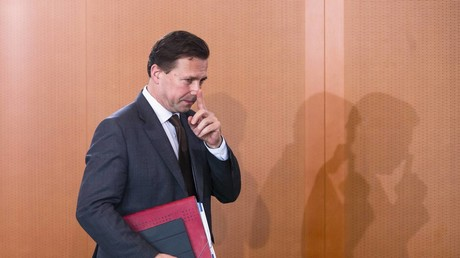 Zuletzt stellte sich Regierungssprecher Steffen Seibert im Namen der Bundesregierung hinter das Konzept der