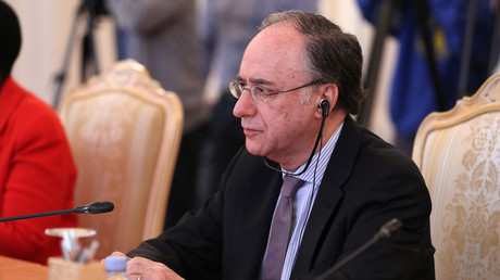 OPCW-Generaldirektor Fernando Arias während eines Treffens mit dem russischen Außenminister Sergei Lawrow. (Moskau, 2. April 2019)