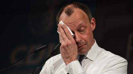 Auch Sprüche klopfen kann erschöpfen: Friedrich Merz auf dem politischen Aschermittwoch der CDU in Apolda am 26. Februar 2020.