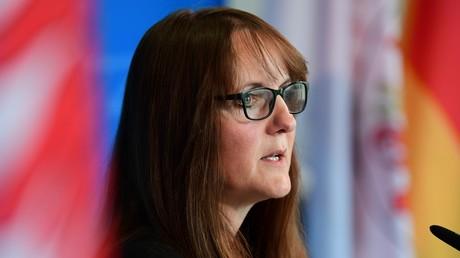 Wird vom ukrainischen Botschafter scharf angegangen: Die Ministerin der Finanzen und für Europa des Landes Brandenburg, Katrin Lange.
