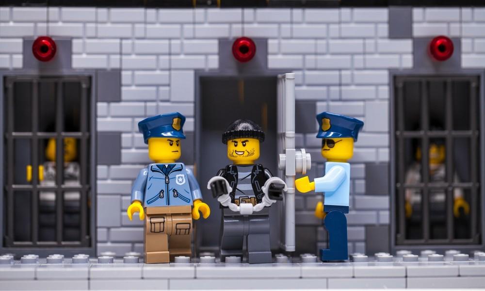 Aus Solidarität mit Protestbewegung: Lego setzt Werbekampagne für Polizeispielzeug zeitweise aus