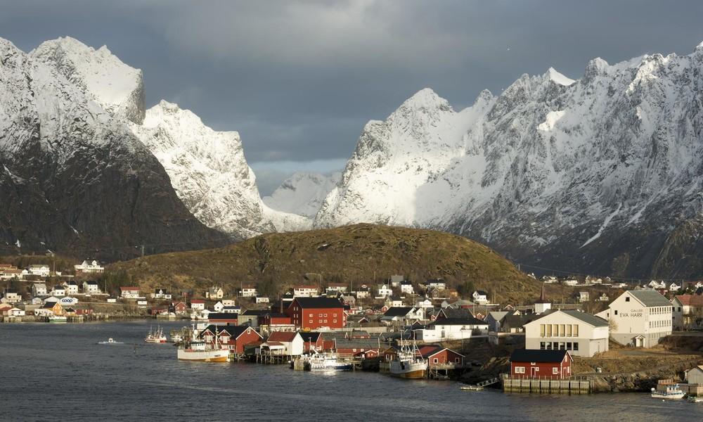 Norwegen: Erdrutsch reißt mehrere Häuser ins Meer