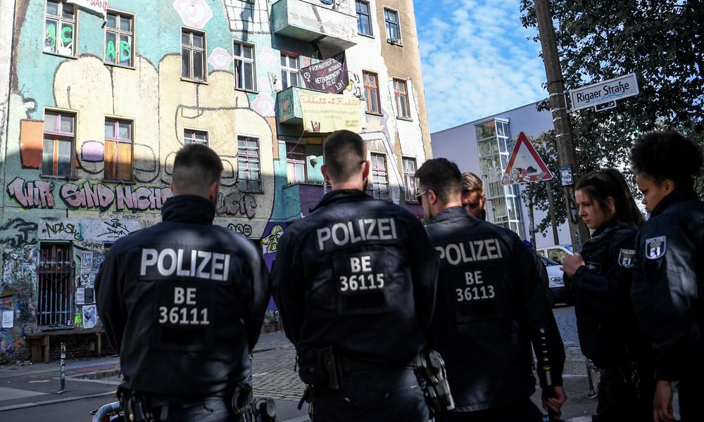 Berlin: Abgeordnetenhaus verabschiedet umstrittenes Landesantidiskriminierungsgesetz