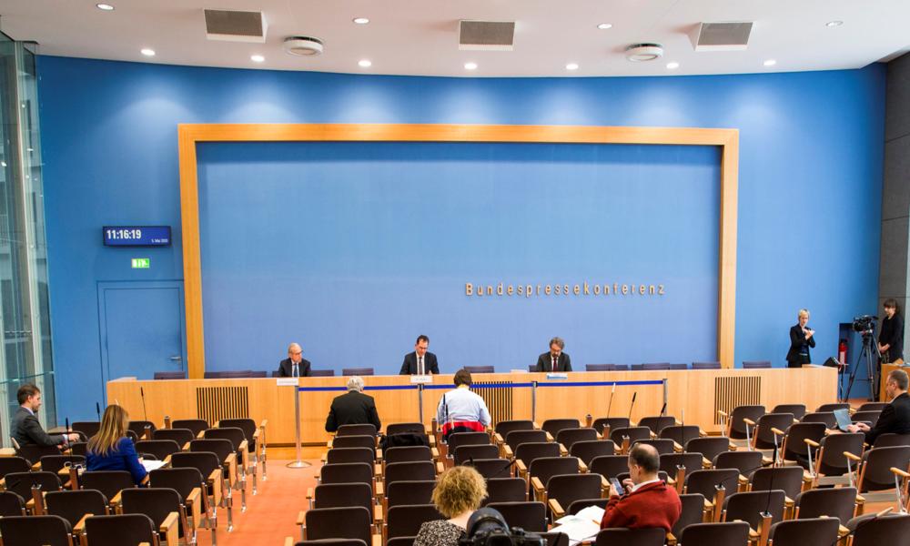 LIVE: Bundespressekonferenz in Berlin
