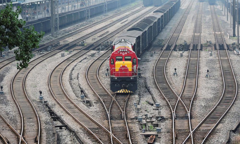 Neue Seidenstraße auf Stahlrädern: China startet neue Güterzugstrecke nach Europa