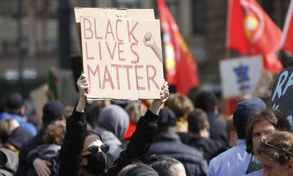 Black Lives Matter: Zehntausende protestieren deutschlandweit gegen Rassismus