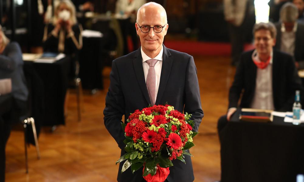 Hamburg: Peter Tschentscher wieder zum Ersten Bürgermeister gewählt