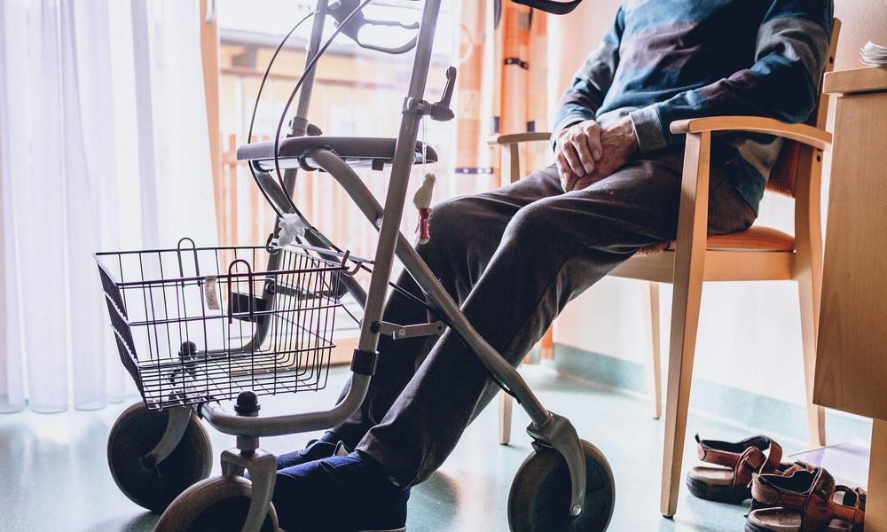 Studie: Corona-Sterblichkeit unter Pflegebedürftigen besonders hoch