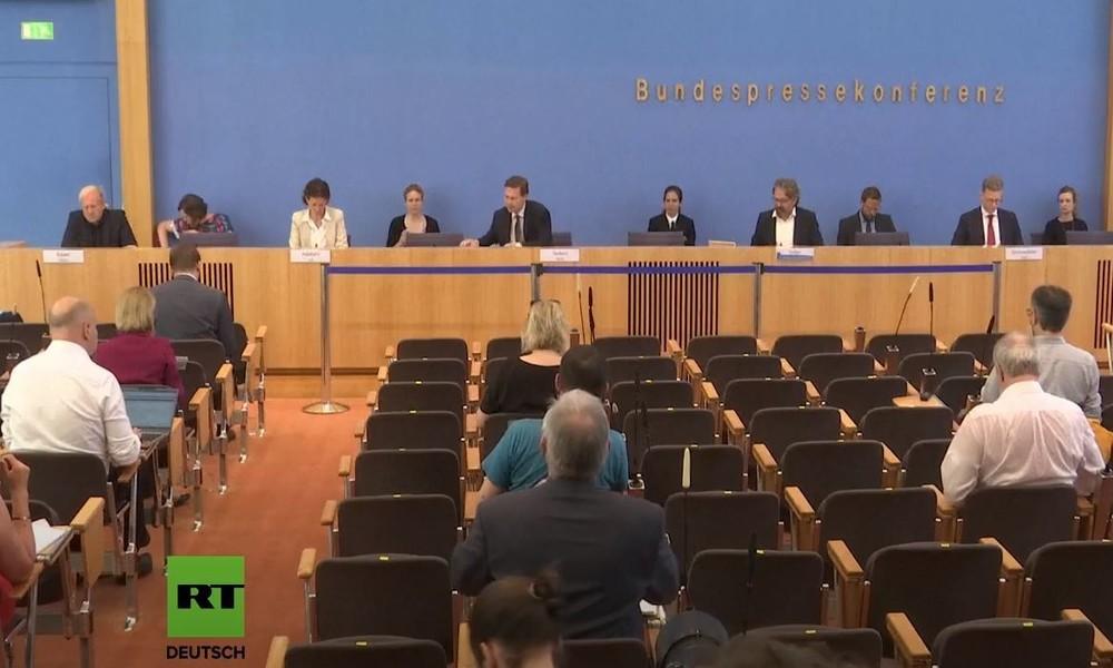 LIVE: Bundespressekonferenz in Berlin zu aktuellen Themen