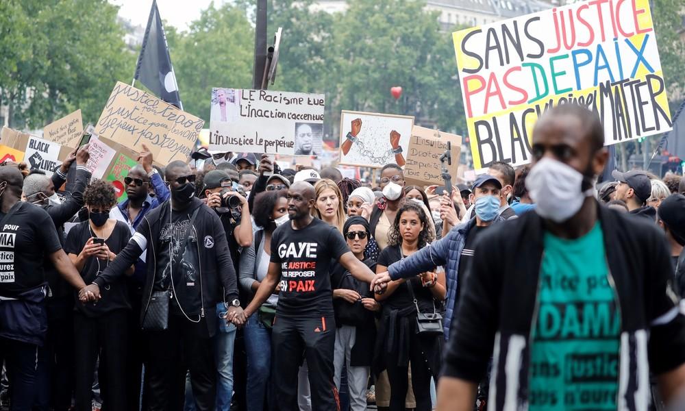 Frankreich: Präsident Macron will keine Art antirassistischen Bildersturm (Video)