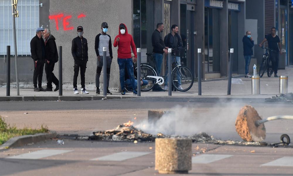 Frankreich nach Ausschreitungen in Vororten von Dijon: Ratlosigkeit und Entsetzen