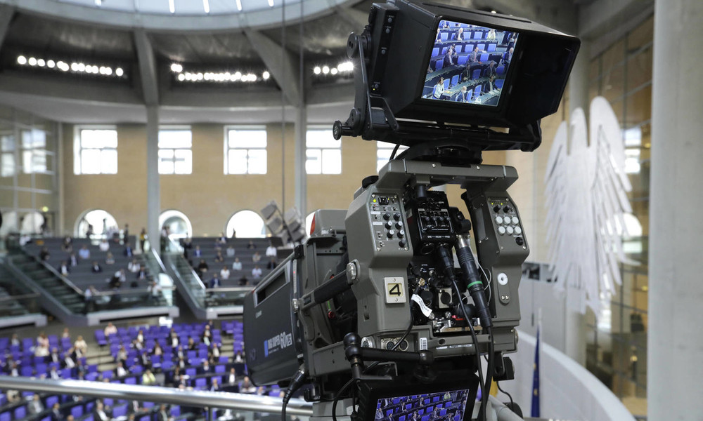 LIVE: 166. Sitzung des Deutschen Bundestages zu sexuellem Missbrauch, Rechtsextremismus und Syrien