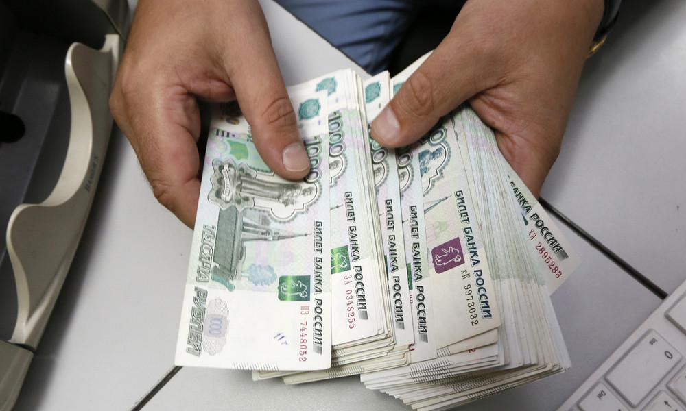 Wirtschaftsministerium: Russlands reales BIP wird sich Mitte 2022 erholen – Rubel bleibt stark