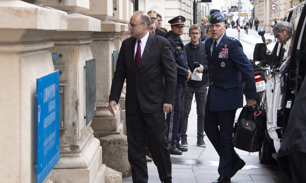 Peinliche US-Inszenierung bei Abrüstungsgespräch in Wien entlarvt