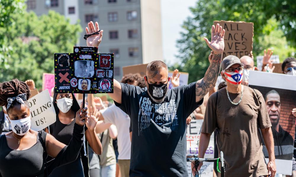"""USA: Die Medien und ″Black Lives Matter"""" (Video)"""