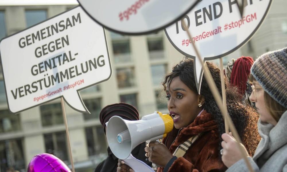 """Martyrium weibliche Genitalverstümmelung: """"Das, was Mutter macht, ist illegal!"""""""