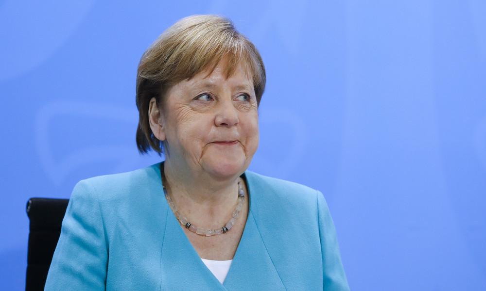 München: Mysteriöses Merkel-Plakat gesichtet