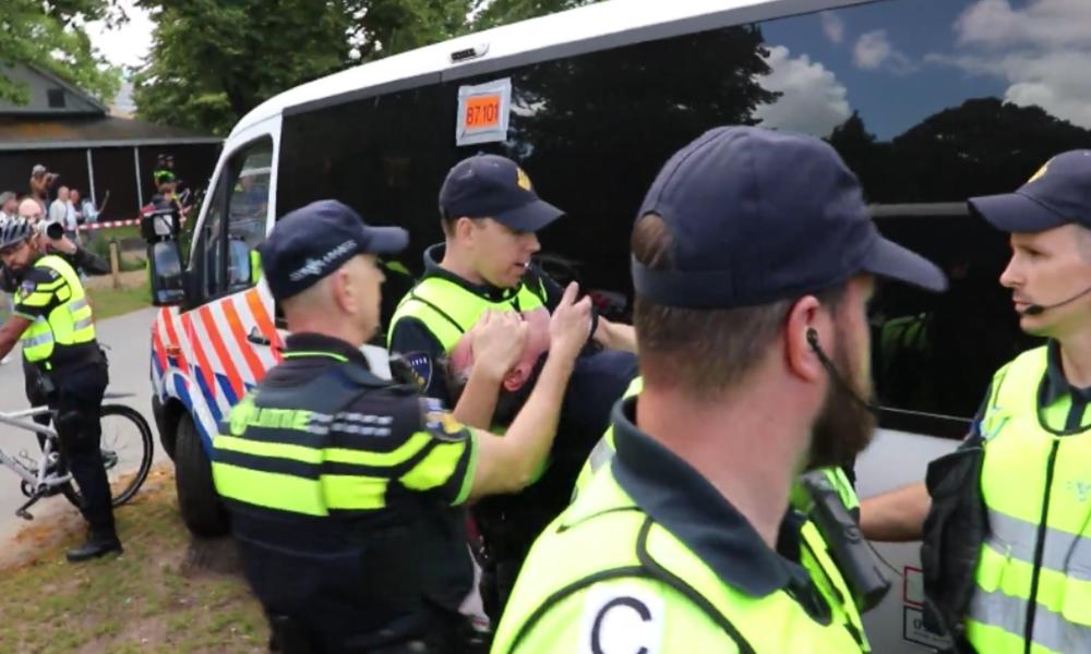 Den Haag: Erneut Dutzende Festnahmen bei Protest gegen Corona-Maßnahmen