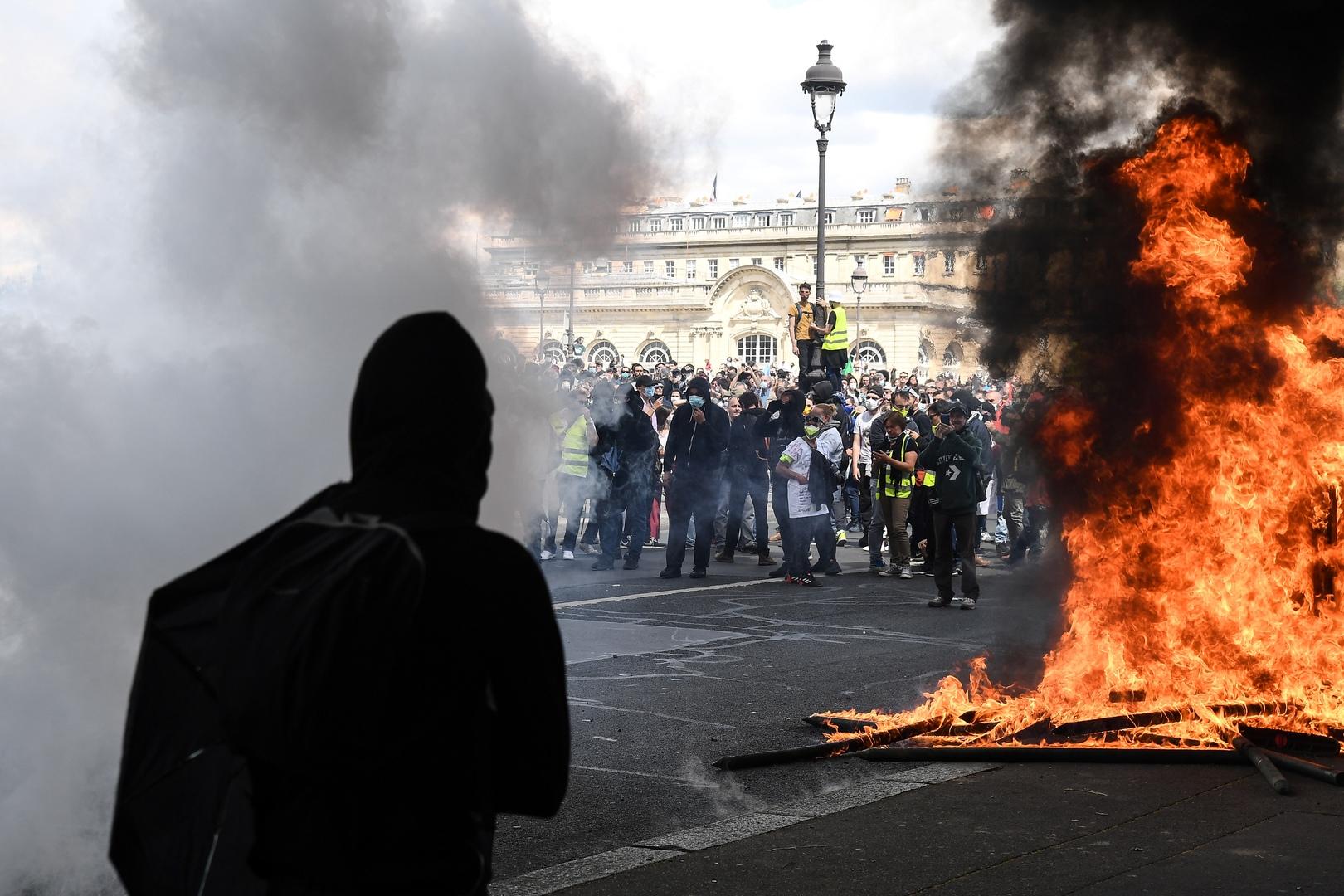 Für mehr als nur Applaus und Plattitüden: Gesundheitspersonal demonstriert in Frankreich