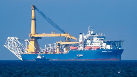 Russisches Rohrverlegerschiff Akademik Tscherski bei Kaliningrad. Häfen, die die Tscherski oder die Fortuna, ein weiteres russisches Rohrverlegerschiff, bedienen, drohen nach dem US-Gesetzesentwurf Sanktionen.