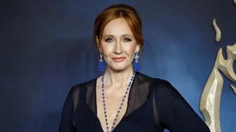 Die britische Autorin und Drehbuchautorin J. K. Rowling während der Premiere des Films